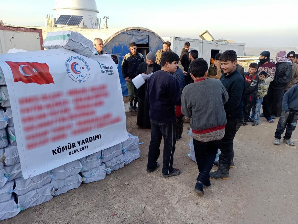 Dirayetli Toplum Geliştirme Derneğinden Suriye'ye 300 Ton Kömür Yar 1