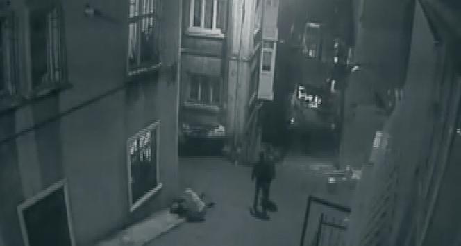 Beyoğlu'nda iki grup arasında silahlı çatışma yaşandı