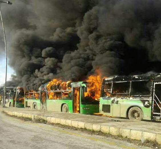 Halep'te tahliyeler yine durduruldu