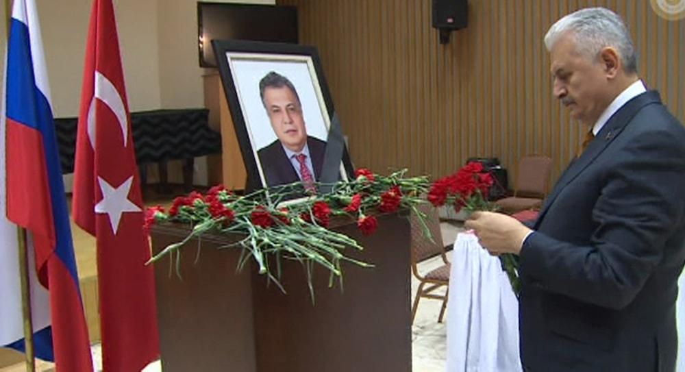 Başbakan Yıldırım'dan Rus Büyükelçiliği'ne taziye ziyareti