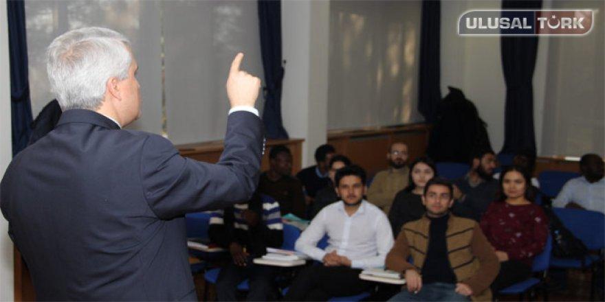 Yabancı öğrencilere uzaktan eğitim kolaylığı
