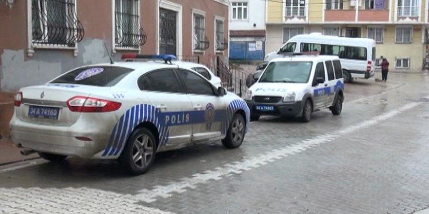 İstanbul'da vahşet: Boğazı kesilerek öldürüldü