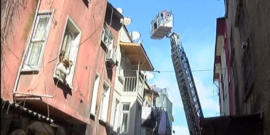 İstanbul'da korkunç yangın: 3 çocuk öldü