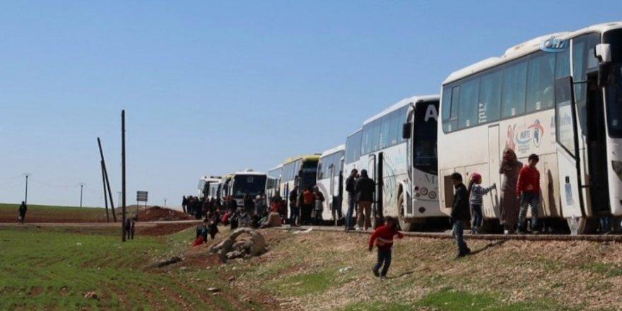Suriyeli muhalif gruplar Halep'in kuzeyine çekilmeye başladı