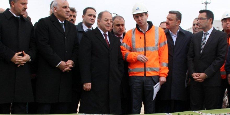 Sağlık Bakanı Akdağ'dan 'sezaryen' uyarısı