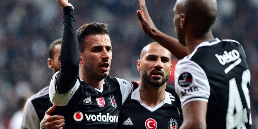 Beşiktaş zirveyi bırakmıyor