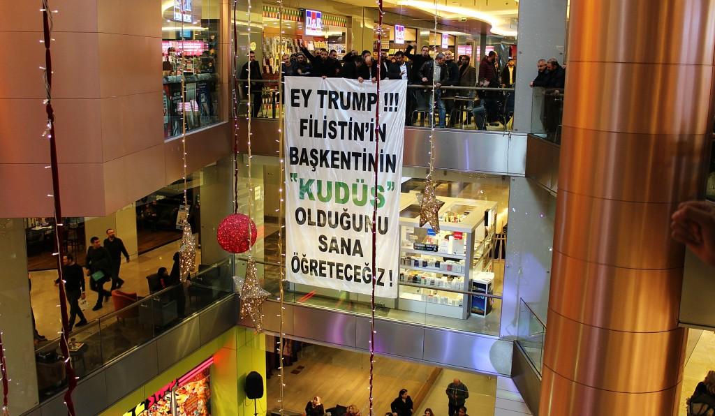 Trump Towers'da Kudüs Eylemi