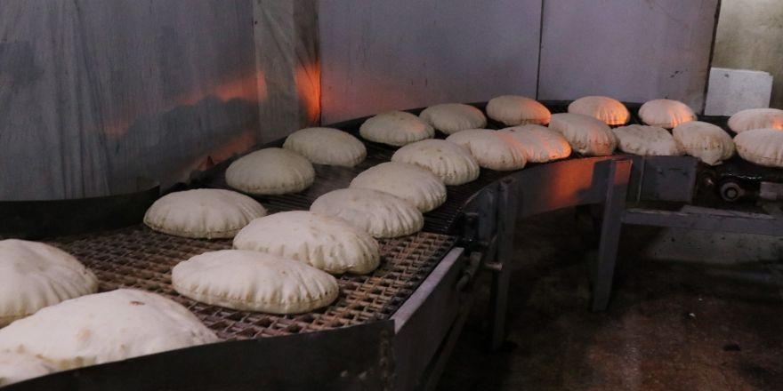 Ekmek fabrikaları savaştan kaçanlar için çalışıyor