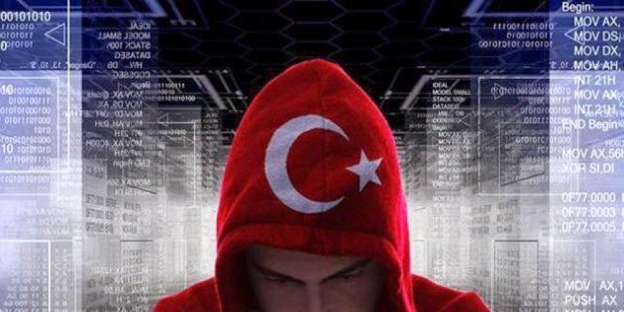 Ayyıldız Tim Netenyahu'nun danışmanını hackledi!