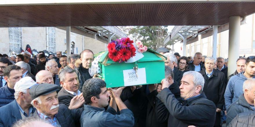 Sümer Ezgü'nün acı günü