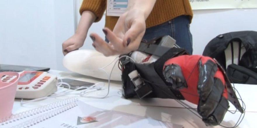 Doğuştan engelli liseli genç fizik tedavi robotu geliştirdi