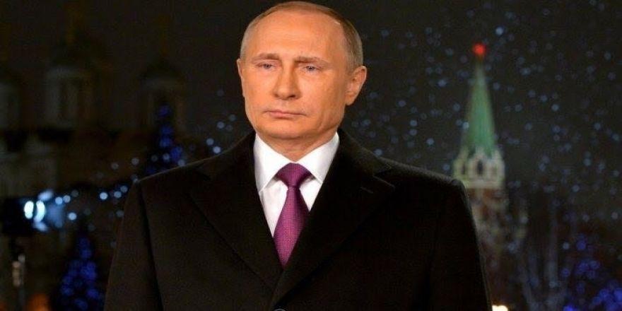 Putin yüzde 72.35 oyla önde gidiyor