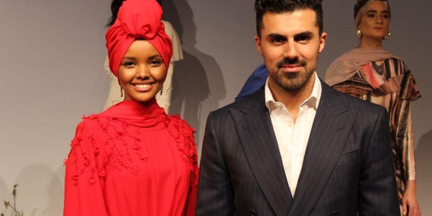 Tesettürlü top model Halima Aden İstanbul'da