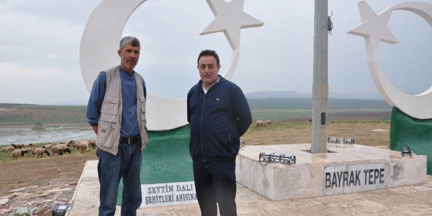 Ünlü türkücü Mahmut Tuncer'den Mehmetçiğe destek
