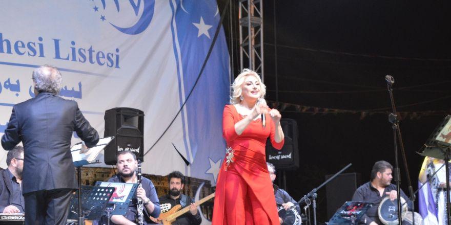 Ersoy Ve Tuncer'den Türkmen Adaylara Destek Konseri
