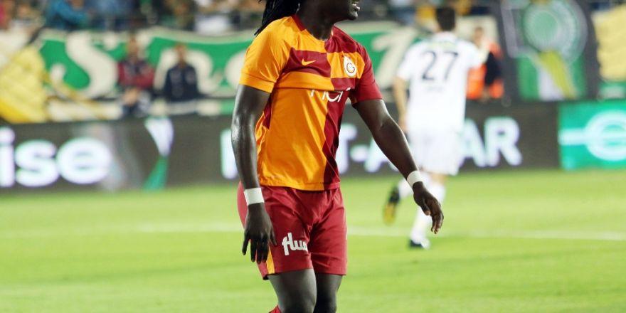 Gomis Yine Penaltı Kaçırdı