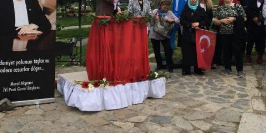 Üsküdar'da Meral için sadece 3-5 kişi topladığını görünce partisinden istifa etti
