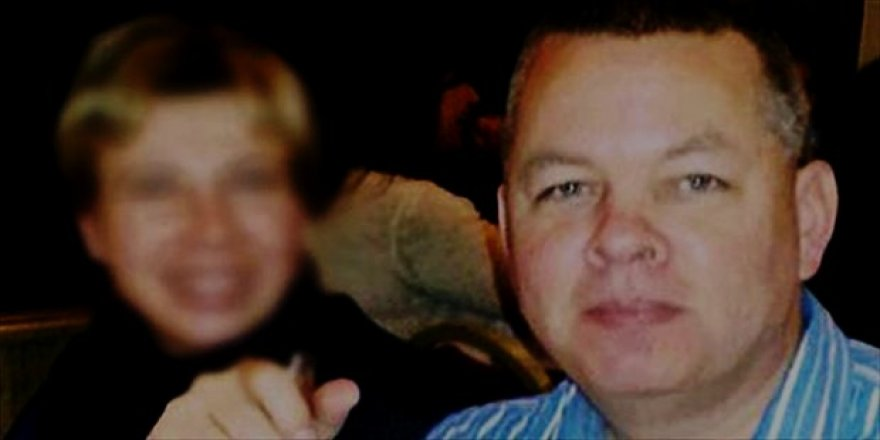 FETÖ'cü papaz Andrew Craig Brunson ev hapsine alındı