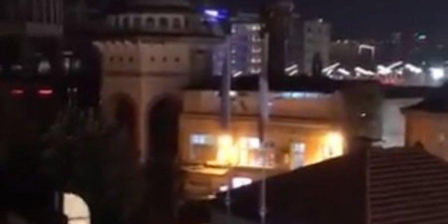 Taksim'de göstericilerden Ezan-ı Muhammedî'ye küstah saygısızlık!.