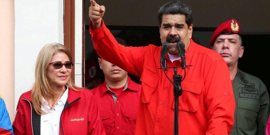 """Venezuela Devlet Başkanı Maduro """"Darbeye karşı halkı sokağa davet ediyorum"""""""
