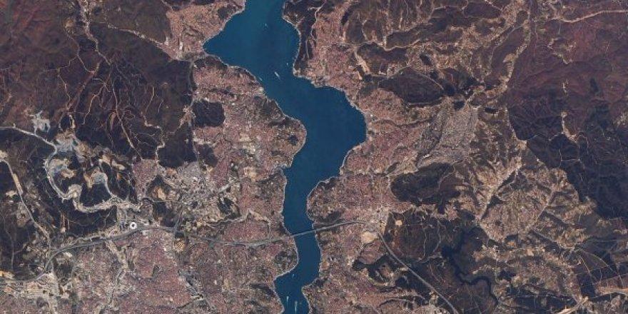 Uzaydan görünen fotoğrafta İstanbul'da yeşil alan kalmamış