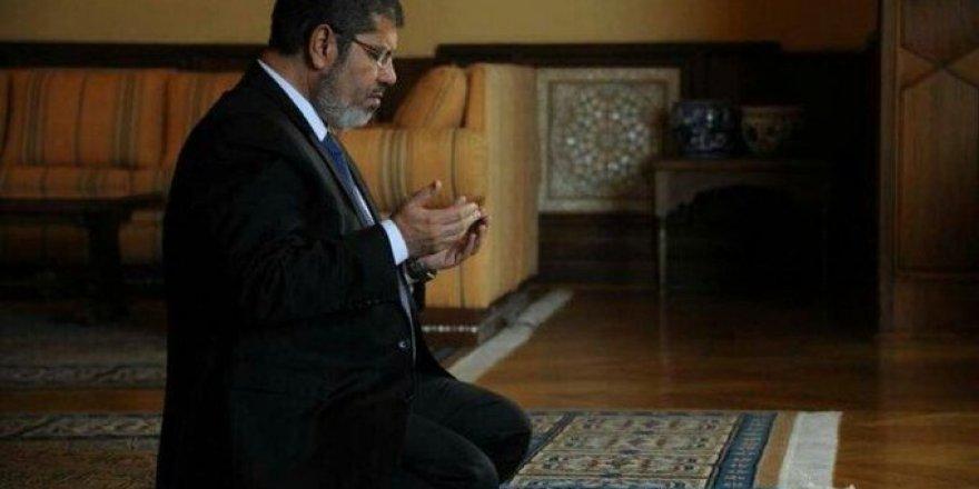 Mısır'ın şehit Cumhurbaşkanı Muhammed Mursi ümmete son mesajı