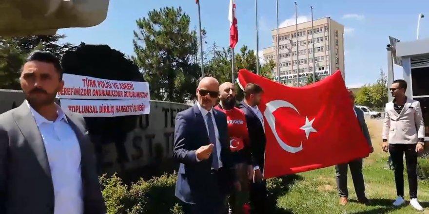 ODTÜ'de polise hakaret edenlere tepki gösterdiler