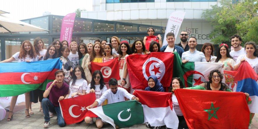 Üniversitelilerden kadınlar için 'Women in Power' projesi