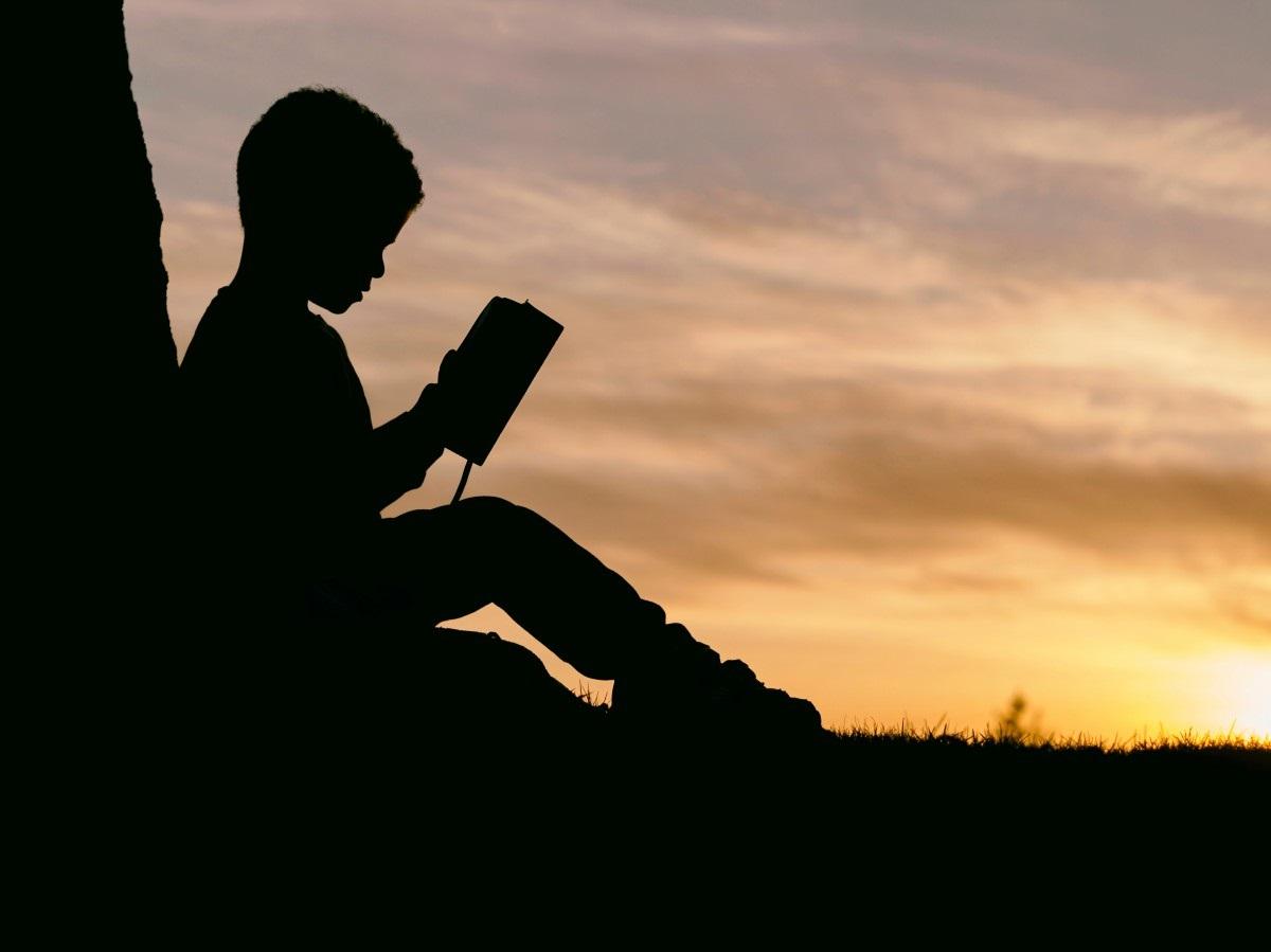 Uzmanlarından uyarı: Her kitabı çocuğunuza okutmayın