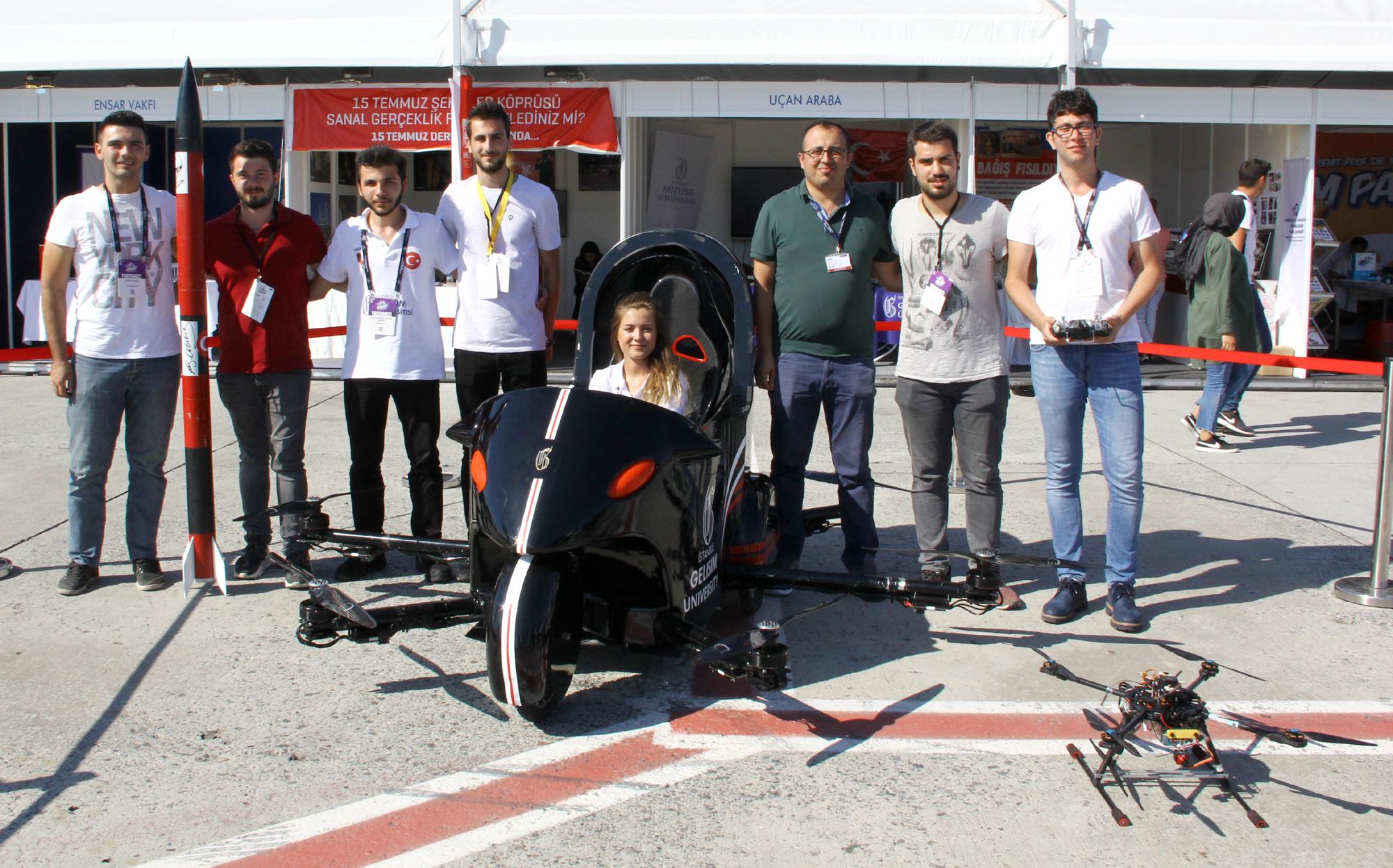 Üniversite mühendislerinin geliştirdiği yerli ve milli uçan araba 'Tusi'