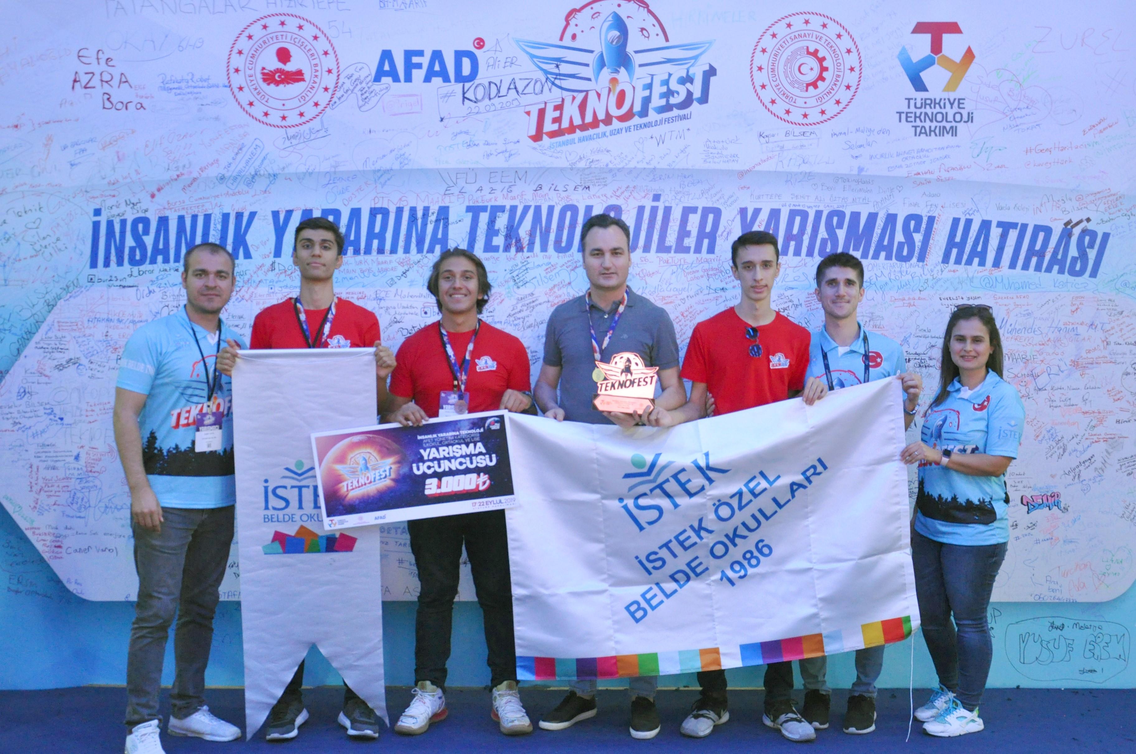 Lise talebelerinin projesi TEKNOFEST'TE Türkiye 3'üncüsü oldu