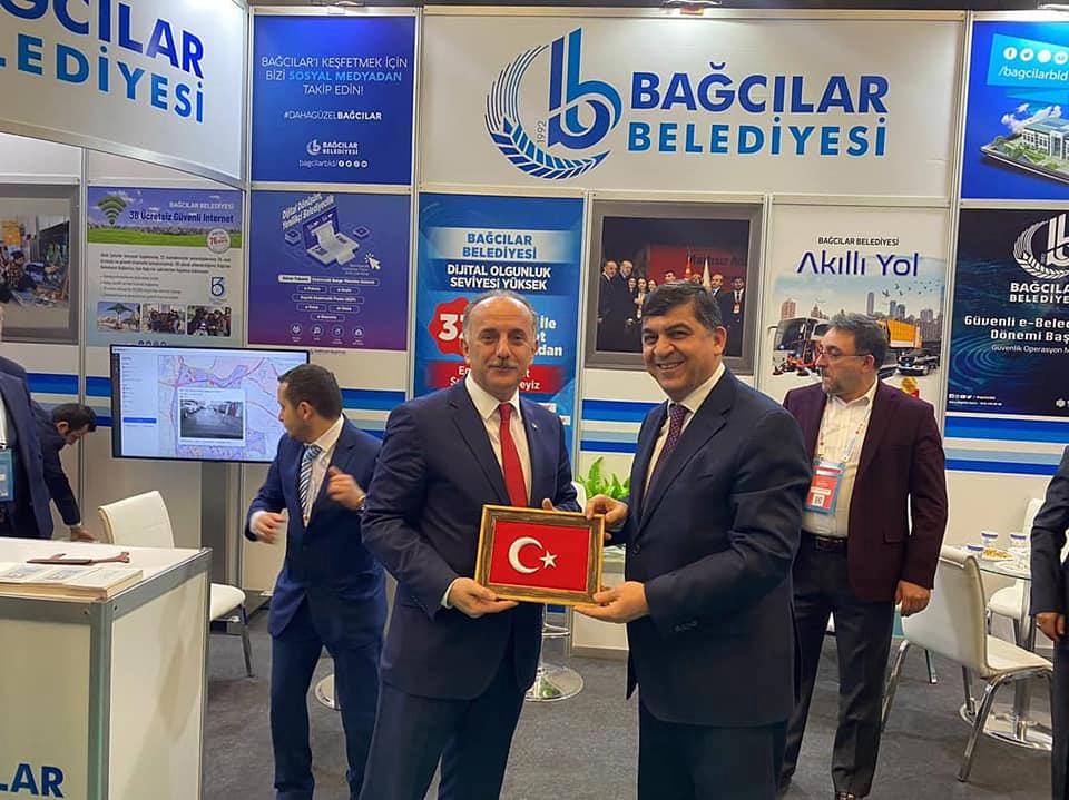 Bağcılar Belediye Başkanı Çağırıcı, akıllı şehir hizmetlerini anlattı