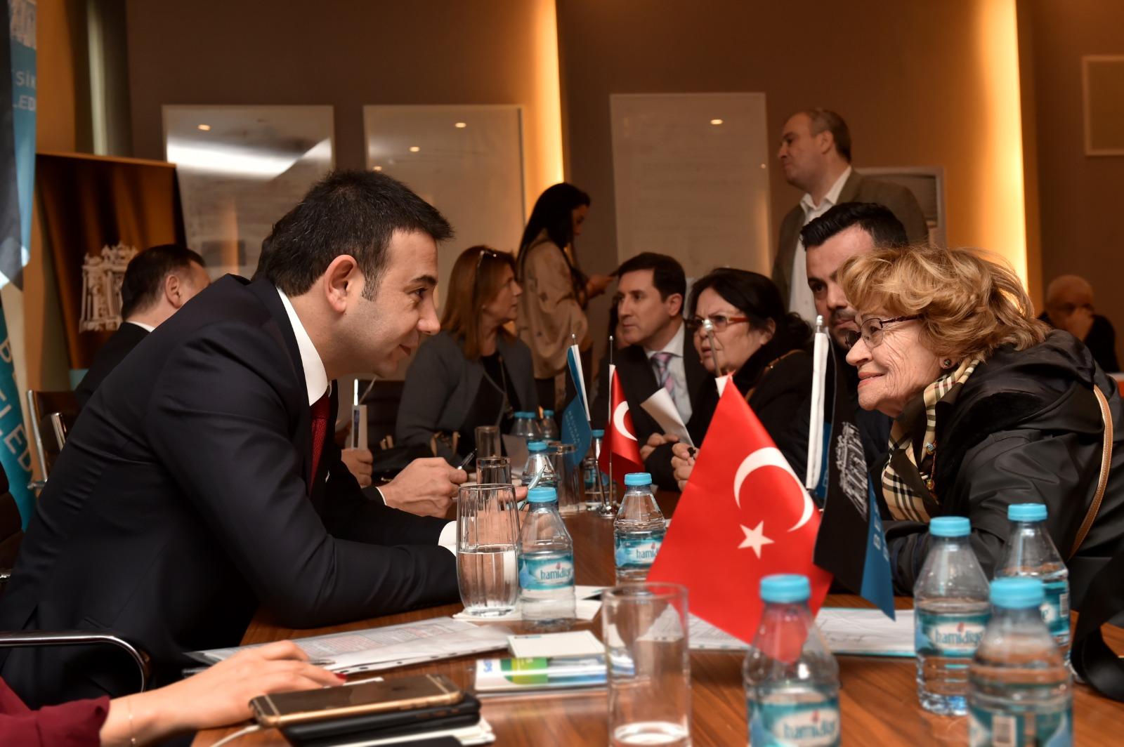 Beşiktaş Belediye Başkanı Rıza Akpolat,komşularını ağırladı