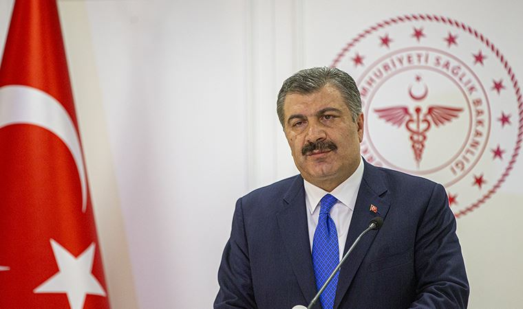 Sağlık Bakanı Fahrettin Koca, corona virüsü ile ilgili son gelişmelerini Twitter'dan paylaştı.