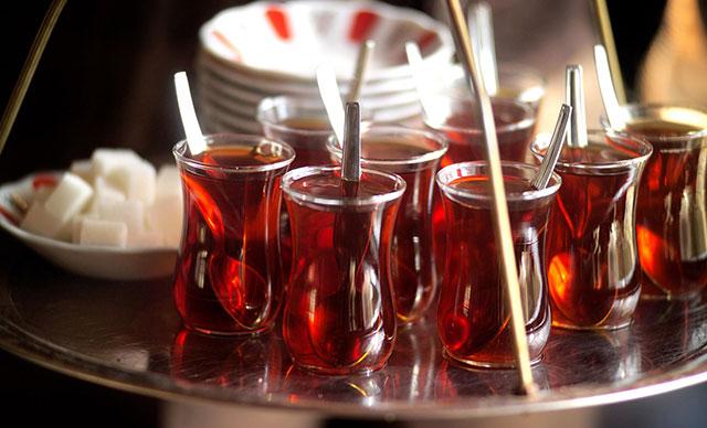 Çok fazla çay ve kahve tüketimi bağışıklık sistemine zarar veriyor