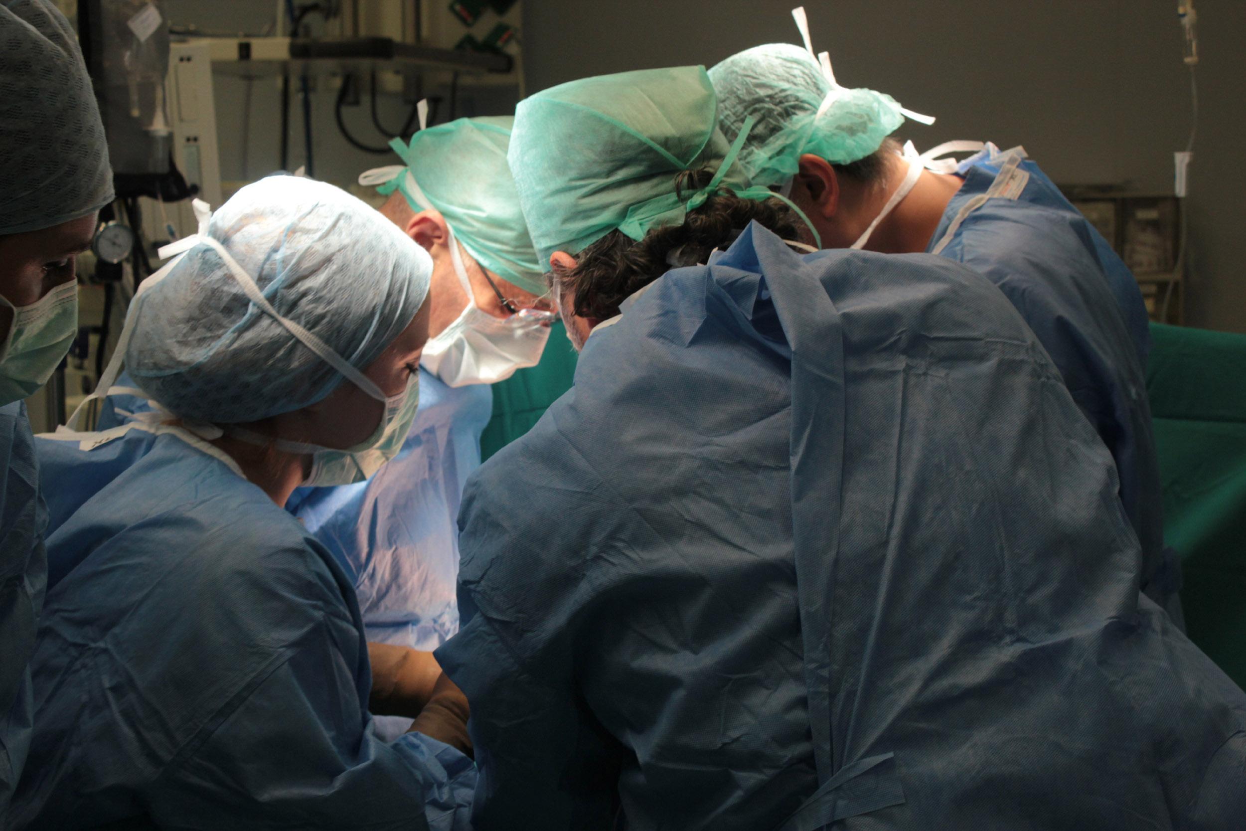 Salgın nedeniyle ara verilmişti; organ nakilleri başlıyor