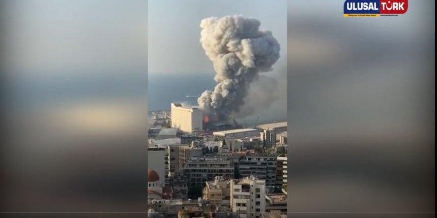Lübnan Beyrut'ta patlama anı kamerada (Video)