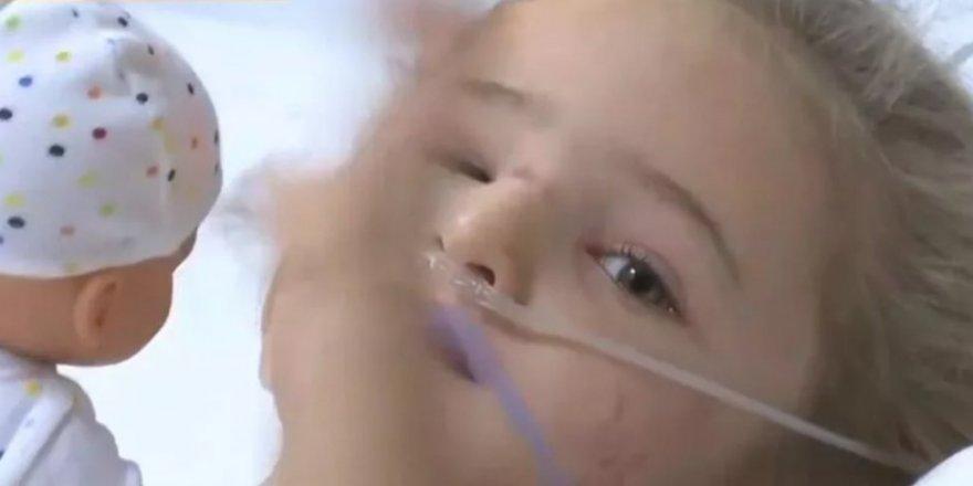 Enkaz altından 65 saat sonra kurtulan Elif'in hastanedeki ilk görüntüleri