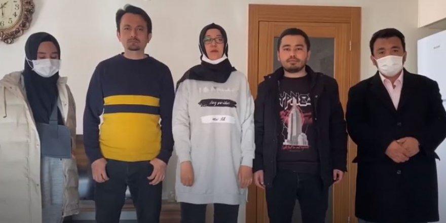 Aile nöbetindeki Uygur Türklerinin bugün de dışarı çıkmasına izin verilmedi.