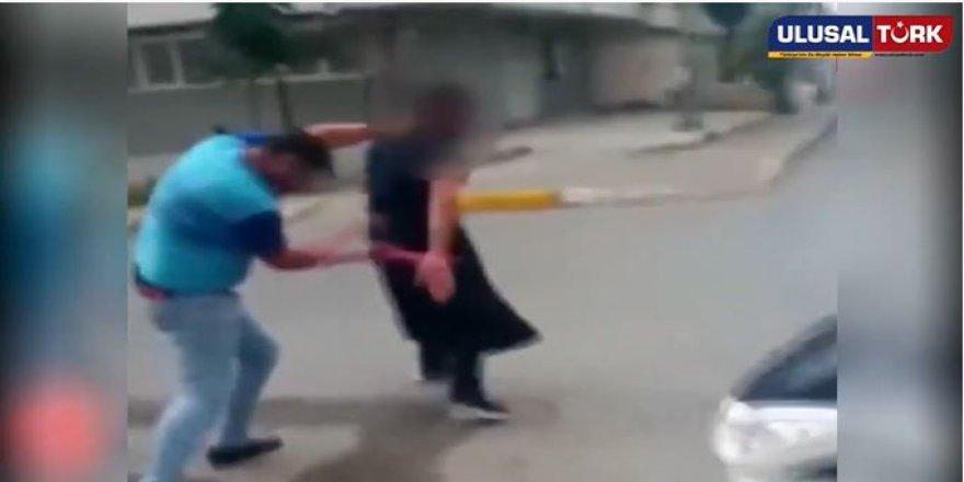 Eşine taciz eden adamı sokak ortasında neler yaptı neler !