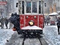 Megakent'te beklenen kar yağışı başladı