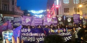 İstanbul'da Feminist Yürüyüş Düzenlendi