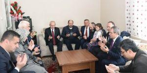 Kemal Kılıçdaroğlu şehit ailesini ziyaret etti