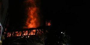 Beyazıt Camii'nde yangın