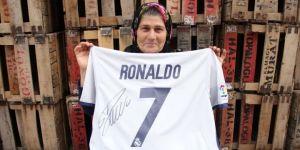 Ümmiye Teyze Ronaldo'yu Mersin'e gel dedi