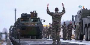 Fransız askerler'den Estonya çıkarması