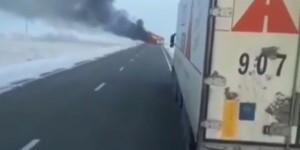 Kazakistan'da otobüs yandı: 52 ölü