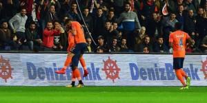 Başakşehir'den Beşiktaş'a zirve darbesi