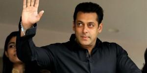 Ünlü Bollywood aktörüne 2 yıl hapis
