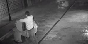 İzmir'i Soyan Hırsızlar Güvenlik Kamerasında